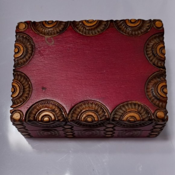 """Vintage Small Wooden Box 2x3"""" Perfect For Jewelry"""